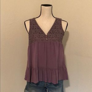 Dusty plum lacy v-neck tank top